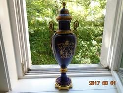 Sevres-Zsánerjelenettel-Empire-tüzaranyozott-bronz kobaltkék urnaváza-50 cm