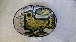 Gorka Lívia madaras tálka