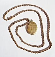 Aranyozott ezüst fényképtartó medál lánccal