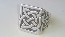 Ezüst Kelta mintás gyönyörű pecsétgyűrű 925