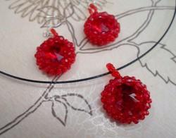 Piros rivoli kő gyöngy foglalatban