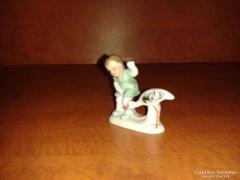 Bertram kedves :) mini porcelán figura