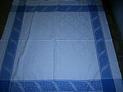 Damaszt asztalterítő-123 cm X 123 cm