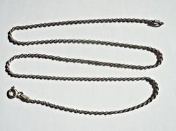 41,5 cm. hosszú sodort ezüst nyaklánc