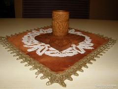 Fafaragás (Kézi faragású asztaldísz)