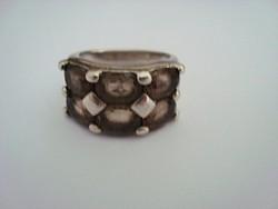 Füstkvarcos ezüst gyűrű 59-es 13 gr