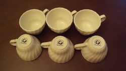 CHURCHILL márkajellel,(oroszlán) 6db.kávéscsésze + 4 db.alátét kistányér (egyiknek széle javított)