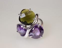 Zöld és lila köves ezüst női gyűrű