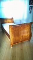 Bieder stílusú ágy