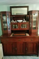 Tálaló szekrény a mult századból, szép állapotban!
