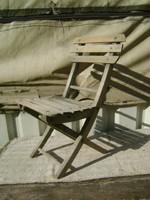 Régi, összecsukható támlás kis szék, gyermek szék - fenyő