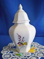 Hollóházi fedeles váza vagy urna jellegű fedeles tároló porcelán