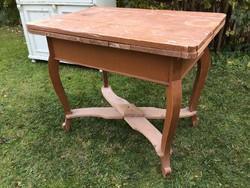 Régi vintage vendéglapos hosszabbítható fenyő asztal