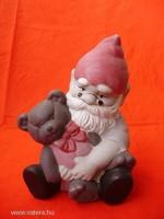 Aranyos retro kerámia figura macival ücsörgő törpe
