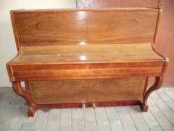 Musica pianínó + szék