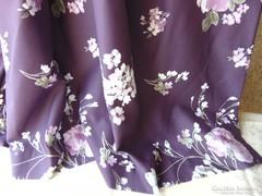 Csodaszép lila sötétítő függöny szellőrózsákkal