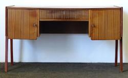 0O375 Retro formatervezett íróasztal