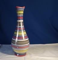 Iparművészeti váza