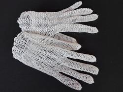 Régi kézzel készített csipke kesztyű