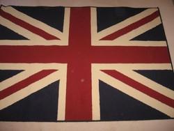 Belga szőnyeg 170 x 120 cm + textil girland 450 cm zászlók mérete 17 x 14 cm