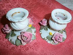 Rózsás porcelán gyertyatartó párban