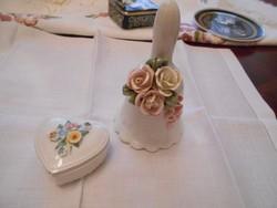 Porcelán csengő és egy  ékszertartó szivecske