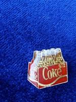 Régi Coke kitűző