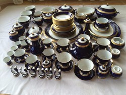Szász Endre aranyozott teás-,mokkás-,étkészlet 84 db-os