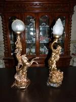 2 db. asztali lámpa