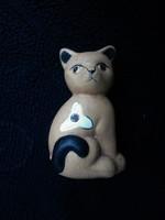 Cica, kerámia dísztárgy