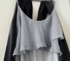 Ezüstszürke szatén spagettipántos estélyi ruha ,sötét szürke szatén stólával