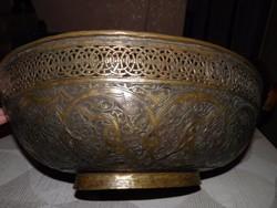 Hatalmas antik perzsa tál
