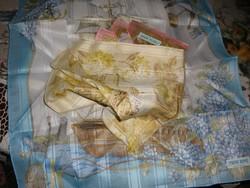 Régi kínai selyemterítők, szalvéták dobozában