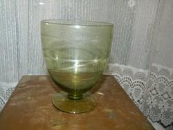 Antik halványzöld kézzel csiszolt kehely