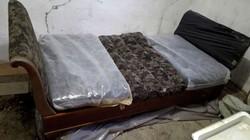 Biedermeier hattyúnyakú ágy a századfordulóról