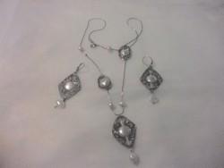 Izraeli ezüst fülbevaló és nyaklánc gyöngygyel