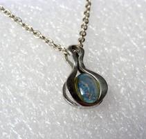 AKCIÓ! - Gyönyörű, antik ezüst medál opállal