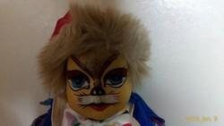 Macska baba KEIN SPIELZEUG-tól 31 cm magas gyönyörű állapotban