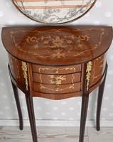 Lenyűgöző 3 fiókos szekrény és asztal francia barokk stílusban, gyönyörű politúrozott kivitel