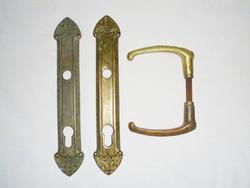Antik régi míves réz kilincs zártakaró