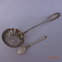 19.sz-i ezüst cukorszóró..