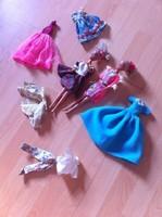 Barbie babák ruhákkal retro