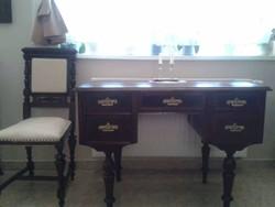 Antik ó nèmet iróasztal-székkel nagyon szép állapotban eladó!