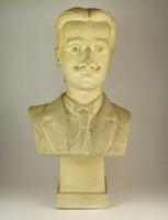 0P829 Istók János : 1959-ből Férfi mellszobor 63cm