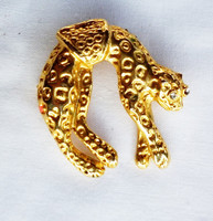 Gyönyörű leopárd bross