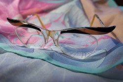 """PinUp 1950-es évek """"szemöldökös"""" szemüveg"""