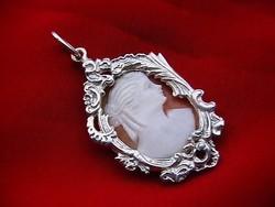 Pazar ezüst medál kámeával 6