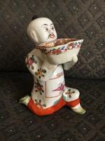 Nagy méretű térdeplő kínai, Óherendi figura - ez a tárgy ritka ebből a korból