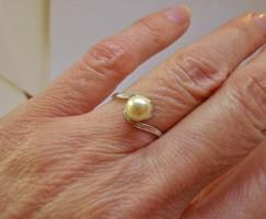 Gyönyörű régi gyöngyös ezüstgyűrű