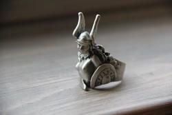 Harcos gyűrű
